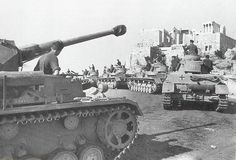 A column of Panzer IV tanks in Greece forming under the Acropolis, Apr Panzer Iv, German Soldiers Ww2, German Army, Berlin, Rivers And Roads, Operation Barbarossa, Finance, Army Vehicles, Armored Vehicles
