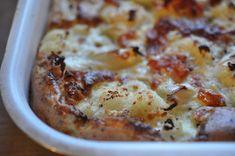 Æggekage i ovn med grøntsager – opskrift | nogetiovnen.dk Cheeseburger Chowder, Mashed Potatoes, Cauliflower, Macaroni And Cheese, Bacon, Brunch, Soup, Eggs, Vegetables