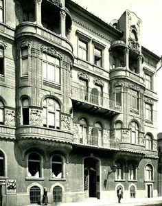 1910 körül. István út 18.