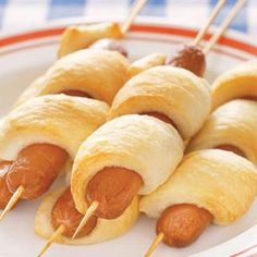 I love ideas involving cresent rolls. There are so many yummy ways to eat them!