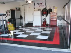 furniture-interior-plastic-garage-cabinets-modern-black-white-small-garage-storage-cabinet-plans-home-garage-decor-with-wall-inspiration-sweet-chess-high-impact-floor-tile-and-great-cabinetry-set-als.jpg 1,600×1,200 pixels