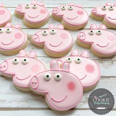 Peppa Pig cookies by Holli at The Cookie Confectionery in Temecula, CA Peppa Pig Cookie, Peppa Pig Birthday Cake, Birthday Cookies, Peppa Pig Cupcake, Pig Cupcakes, Pig Cookies, Peppa Pig Party Supplies, Peppa Pig Party Ideas, Tortas Peppa Pig