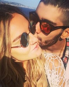 Perrie's also wearing crochet in this post-1D instagram shot from fiancé Zayn Malik. Seriously, her commitment to crochet is commendable!