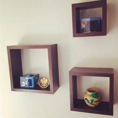 SET OF 3 SQUARE WOOD SHELVES