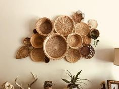 Vintage Basket Wall Bohemian Home Decor Boho Folk Mod Mid Century Hippie Gypsy Baskets Woven Wicker # DIY Home Decor rental Your place to buy and sell all things handmade Home Decor Baskets, Basket Decoration, Baskets On Wall, Vintage Hippie, Hippie Home Decor, Bohemian Decor, Bohemian House, Bohemian Style, Bohemian Design