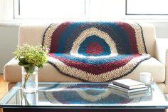 Couverture en tricot avec cercles Thick&Quick Homespun de LionBrand (crochet)