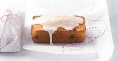 Spread the love and pass around the holiday sweet bread. Cranberries and oranges go perfectly together. Baked Goods For Christmas Gifts, Christmas Desserts, Christmas Cookies, Christmas Ideas, Icebox Cake, Breakfast Options, Sweet Bread, Coffee Cake