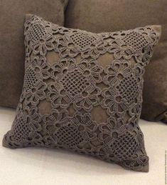 19 ideas for crochet pillow case beautiful Crochet Pillow Cases, Crochet Cushion Cover, Crochet Pillow Pattern, Crochet Cushions, Crochet Motif, Crochet Doilies, Crochet Blocks, Filet Crochet, Crochet Diagram