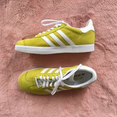 6a3734c9c975e ADIDAS yellow lime green gazelle sneakers ⭐ brand new