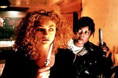 Rebecca Gayheart as Brenda Bates and  Loretta Devine as Reese Wilson in Urban Legend, 1998