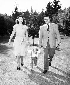 Eleanor Powell and Glenn Ford with their son Peter.