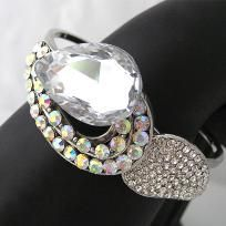 """Beautiful sparkly bracelet, perfect for the holidays.    Measures approx 6.5cm (2.56"""") in max diameter  Brand New  Material : High Quality Clear Austrian Crystal Rhinestone, Silver plated metal  Wonderful gift for a loved one (or yourself!)    Custom ord... $14.95"""