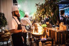 Show cooking , lo más especial para sorprender en bodas #innovias del Catering de   l´Empordá Nissan, Artichoke, Buffet, Pineapple, Outdoor Decor, Projects, Wedding, Wedding Reception, Weddings