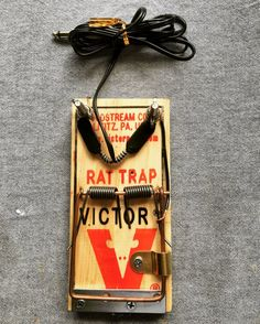 Custom rat trap foot pedal used for tattooing. Connects to all machines.