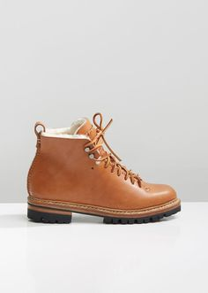 daea89b09d2d Лучших изображений доски «Shoes»  96 в 2019 г.   Shoe boots, Shoes ...