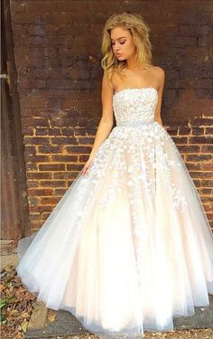 long tulle prom dresses, strapless prom dresses, new arrival prom dresses, prom dresses with lace, prom dresses with beaded