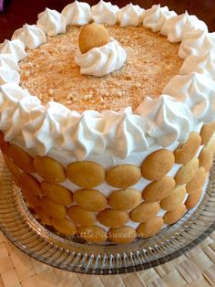 Combining two favorites - banana pudding and cake for this beautiful EASY showstopper Banana Pudding Cake. Great dessert for Easter