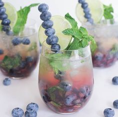 Don't Make This Sparkling Blueberry Mojito If You Hate Compliments