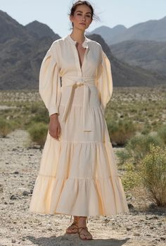 Go Green: 53 Eco-Friendly Fashion and Beauty Products to Shop Now 2020 Fashion Trends, Fashion 2020, Fashion Show, Fashion Design, Fashion Weeks, London Fashion, Style Fashion, Simple Dresses, Casual Dresses