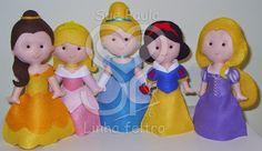 Sue Paula - Linha Feltro: Princesas em feltro: Bela, Aurora, Cinderela, Branca de Neve e Rapunzel.