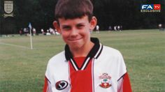 Young Gareth Bale at Southampton FC Football Troll, Football Memes, Football Kits, Football Soccer, Soccer Stars, Southampton Football, Southampton Fc, Funny Soccer Memes, Sports Memes