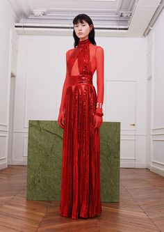 Runway #style review Fall17: Givenchy's red pill capsule collection dedicated to Tisci was a mixed tape of his greatest hits
