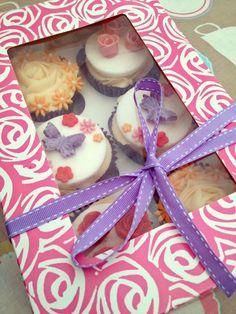 Flower & Rose Cupcakes.