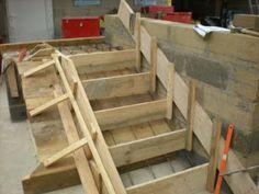 Un coffrage pour escalier en b ton escalier en beton for Coffrage escalier beton exterieur