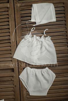 Λαδόπανα βάπτισης για κορίτσι με δαντελένιο φιογκάκι