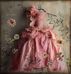 Paper dree, by MissClara, postcard Coté Bord'eau Robe en papier, MissClara, carte postale coté Bord'eau