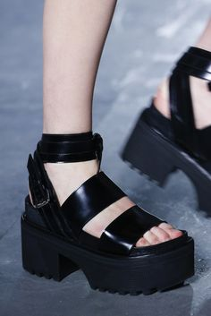 Louis Vuitton Primavera/ Verano 2016  @suburbiatory