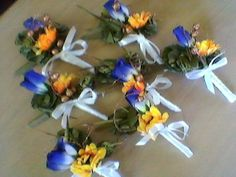 Beautiful corsages Made by Ann Wawatai