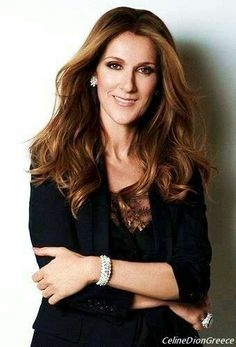 Celine Dion simply Amazing :D Celine Dion, Celine 2016, Old Singers, Female Singers, Quebec, Martina Mcbride, Beautiful Voice, Belle Photo, Role Models