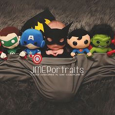 Baby Boy Batman, Baby Superhero, Baby Boy Pictures, Newborn Pictures, Marvel Baby Shower, Monthly Baby Photos, Baby First Halloween, Newborn Baby Photography, Jolie Photo