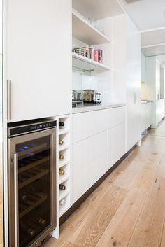 1 5000 London Grey™ - Peter Alexander - The Kitchen Design Centre Kitchen Butlers Pantry, Open Plan Kitchen, Kitchen Layout, Butler Pantry, Kitchen Storage, Kitchen Ideas, Beautiful Kitchen Designs, Modern Kitchen Design, Beautiful Kitchens
