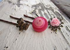 Find little trinkets to superglue.. insp.  by TheArtSwallow on Etsy