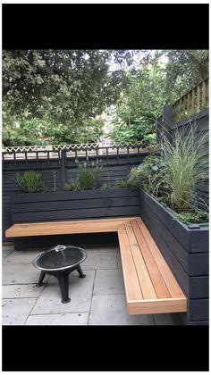Corner Garden Seating, Backyard Seating, Backyard Patio Designs, Backyard Landscaping, Garden Bench Seat, Outdoor Seating Bench, Corner Patio Ideas, Outdoor Corner Bench, Wooden Garden Benches