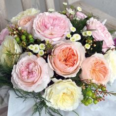 David Austin's cut roses have the wonderful old rose forms and natural charm of garden roses.