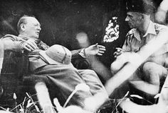 WWII August 1944 British Prime Minister Winston Churchill in conversation with General Władysław Anders, the CO of the Polish Corps, in Italy. Italian Campaign, Invasion Of Poland, British Prime Ministers, Military Operations, Lest We Forget, Winston Churchill, Military History, World War Ii, Germany