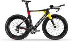 Boardman_TTE-Signature_carbon-aero-timetrial-bike_studio-driveside
