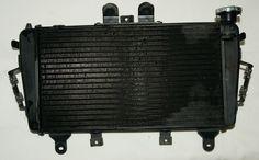 Radiador. T2100240 - Usado - 300 € Tiger 1050