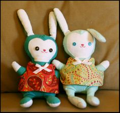 Big Footed Bunnies    Pattern from www.weewonderfuls.com    For Baby Sara and Big Sister Caroline  July 07