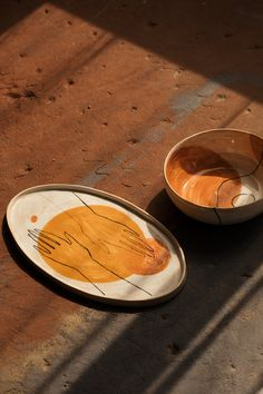 Ceramic plates from RUDA Studio.The beauty of simpleness.Interior details for modern interiors. Clay Art Projects, Ceramics Projects, Clay Crafts, Ceramics Ideas, Tree Crafts, Ceramic Clay, Ceramic Plates, Ceramic Pottery, Slab Pottery