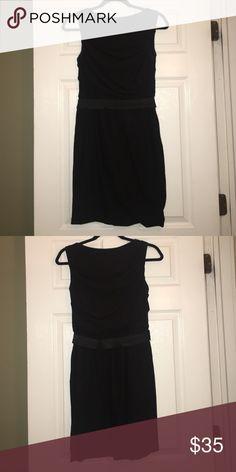 Perfect little blk dress for work! Sleeveless Stretch Jersey dress w/ belt! JS Collections Dresses