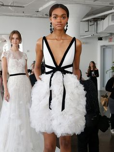 Marchesa Spring 2018: Classic Silhouettes Take on New Forms | Photo by: Jonas Gustavsson | TheKnot.com
