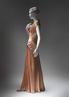 Evening dress (image 3)   Charles James   American   1945   silk    Brooklyn Museum Costume Collection at The Metropolitan Museum of Art   Accession Number: 2009.300.1860