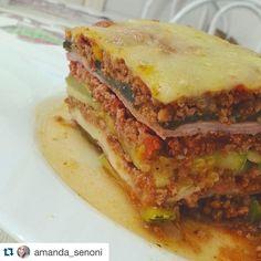 Aprovado pra Emagrecimento   Olha que lasanha linda!!!  #Repost @amanda_senoni  Por aqui rolou uma lasanha deliciosa Alguém duvida que dá pra emagrecer comendo lasanha?! Dá sim basta substituir a massa por legumes. Essa tem camadas de berinjela e abobrinha. | Para participar adicione a hashtag #drtury na sua receita/refeição paleo low carb do instagram! by drtury