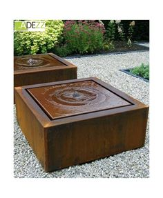 Large Garden Water Features, Modern Water Feature, Modern Fountain, Fountain Design, Rock Fountain, Diy Garden Fountains, Sensory Garden, Water Walls, Land Scape