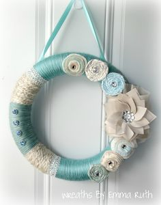 Tiffany Blue Yarn Wreath - Gorgeous! LOVE this one! Really love it