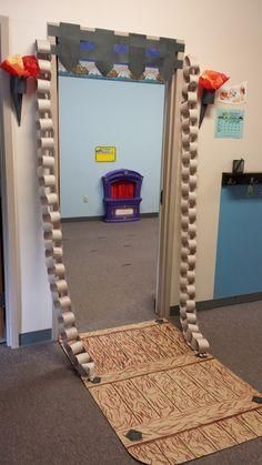tale drawbridge for a classroom door. How fun!:Fairy tale drawbridge for a classroom door. How fun! Library Displays, Classroom Displays, Classroom Door, Classroom Themes, Castle Theme Classroom, Disney Classroom, Fairy Tales Unit, Fairy Tale Theme, Fairy Tale Crafts